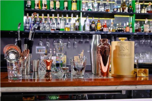 viet-nam-Bartender